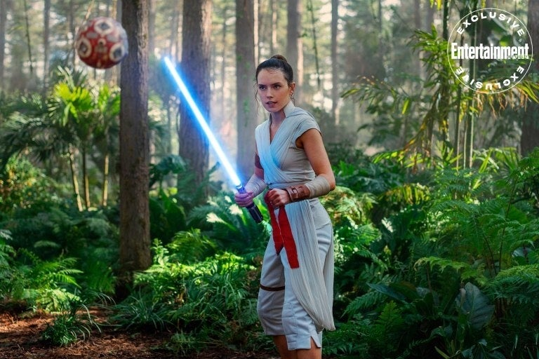 Entertainment Weekly Reveals New Photos Of Star Wars, The Rise Of Skywalker