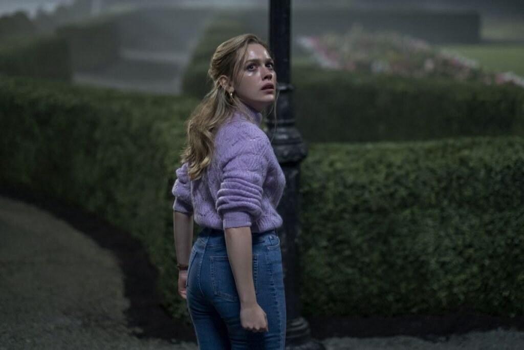 New To Netflix In October 2020: Bly Manor